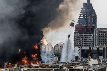 HUGE FIRE AT BEIRUT�S SEA PORT/Karim Daher / Hans Lucas