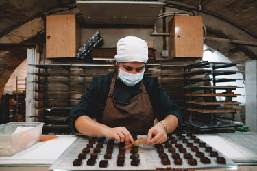 FRANCE - COVID - CHOCOLATE FACTORY/Constant Form�-B�cherat / Hans Lucas