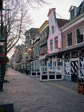 Europe, The Netherlands, Noord-Holland, Alkmaar, Pre Christmas COVID-19 Lockdown, closed.../Miquel Gonzalez