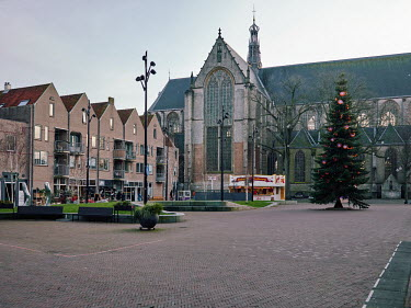 Europe, The Netherlands, Noord-Holland, Alkmaar, Pre Christmas COVID-19 Lockdown, empty Canadaplein.../Miquel Gonzalez
